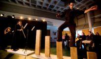 Association Tournesol: premier festival du cirque contemporain à l'hopital. Ensemble l'Echelle: Renaissance. Antony (92), France, 6 Decembre 2011.